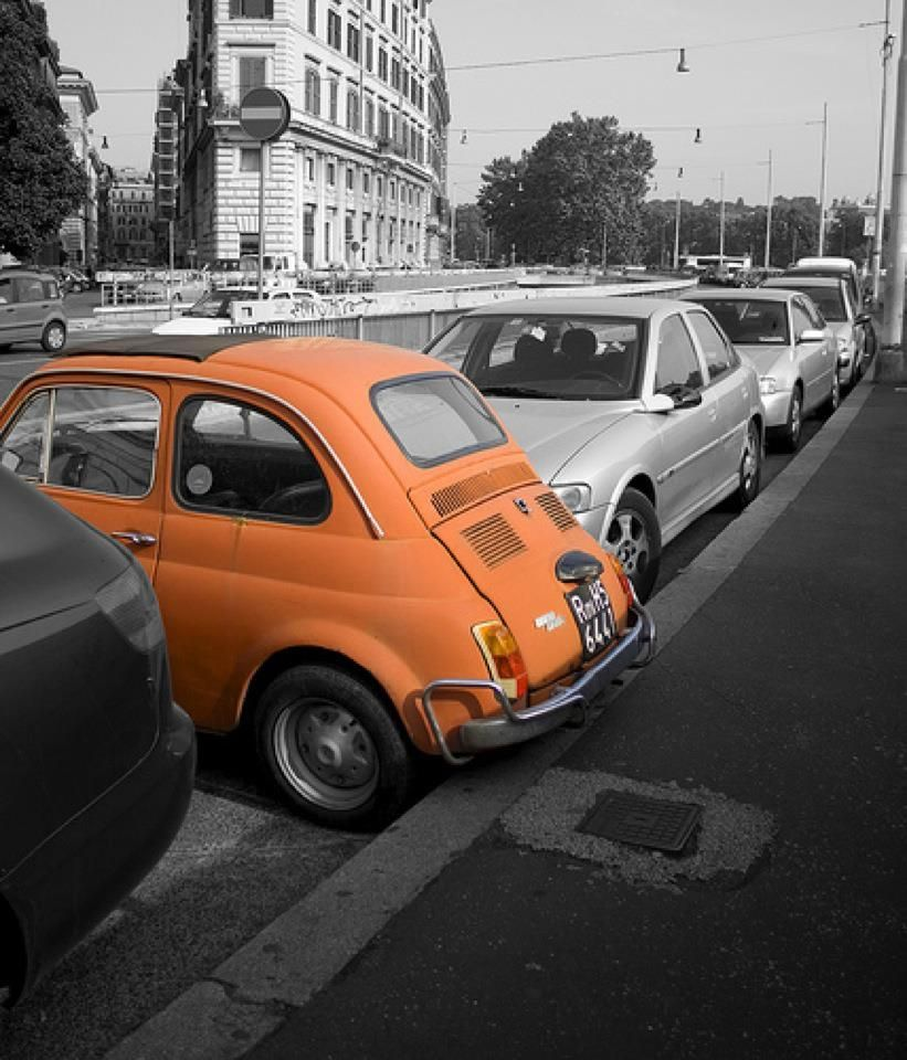 Roma - Fiat 500 Bay Parking :D