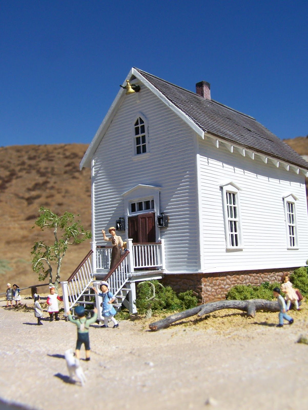 Mike Cozart Design And Model Walnut Grove School House