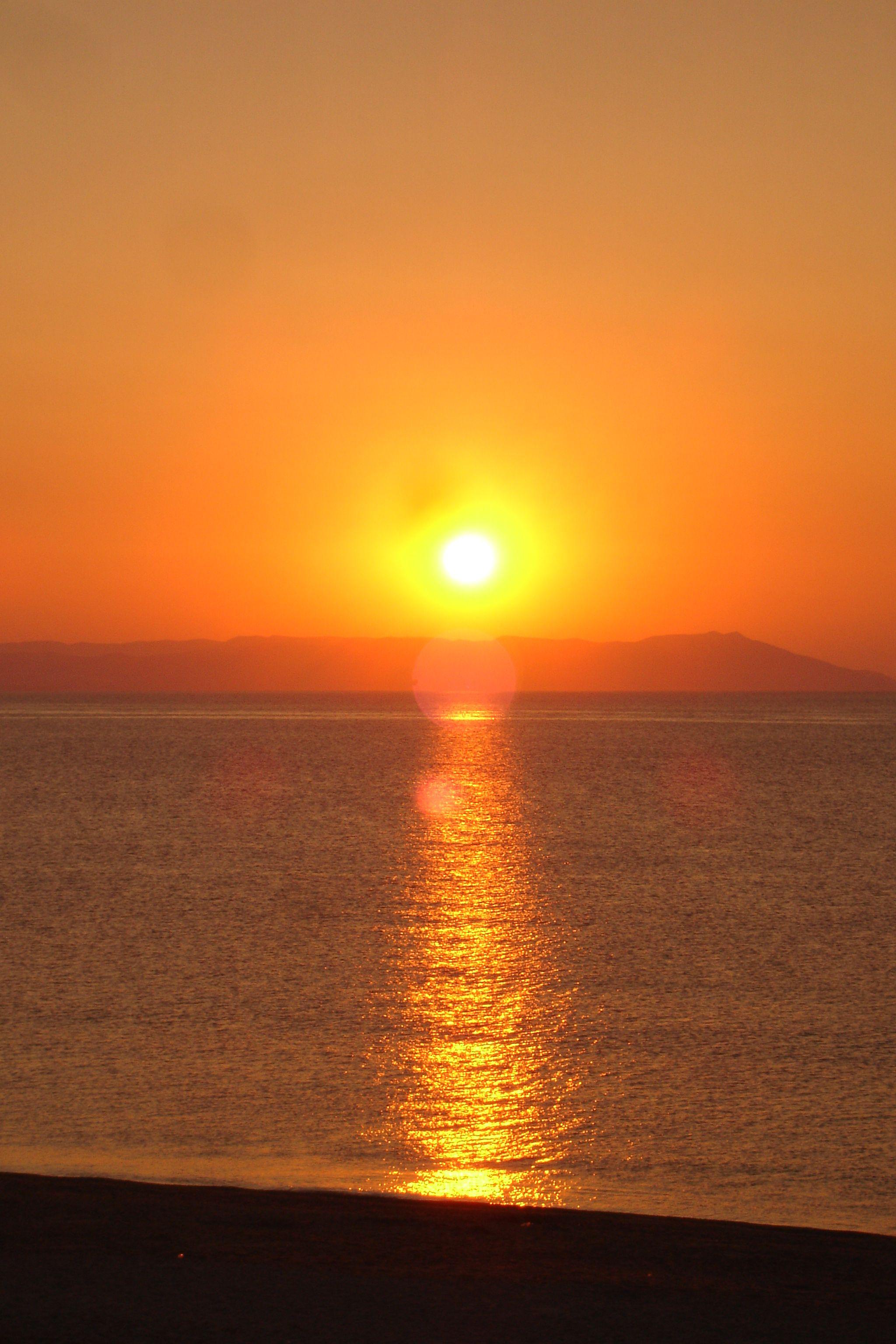 Sunrise: www.nea-vrasna.gr