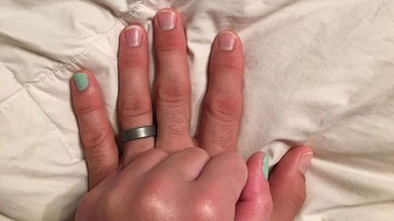 Husband finds remarkably thoughtful way to support wife who lost pinky finger « http://bit.ly/1sapFsG »