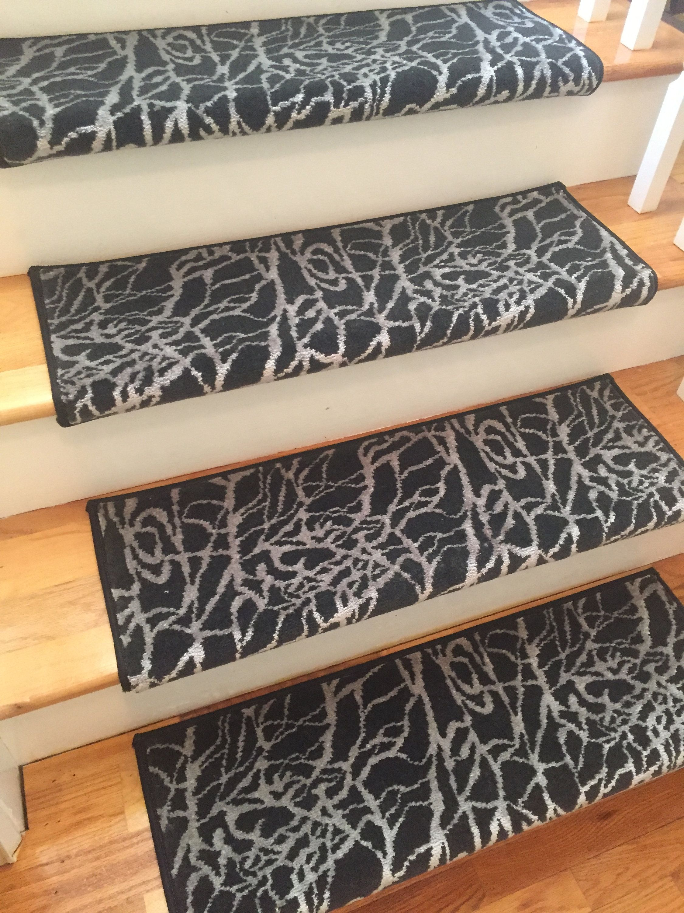 Kinetic Blacklight New Zealand Wool TRUE Bullnose Carpet Stair