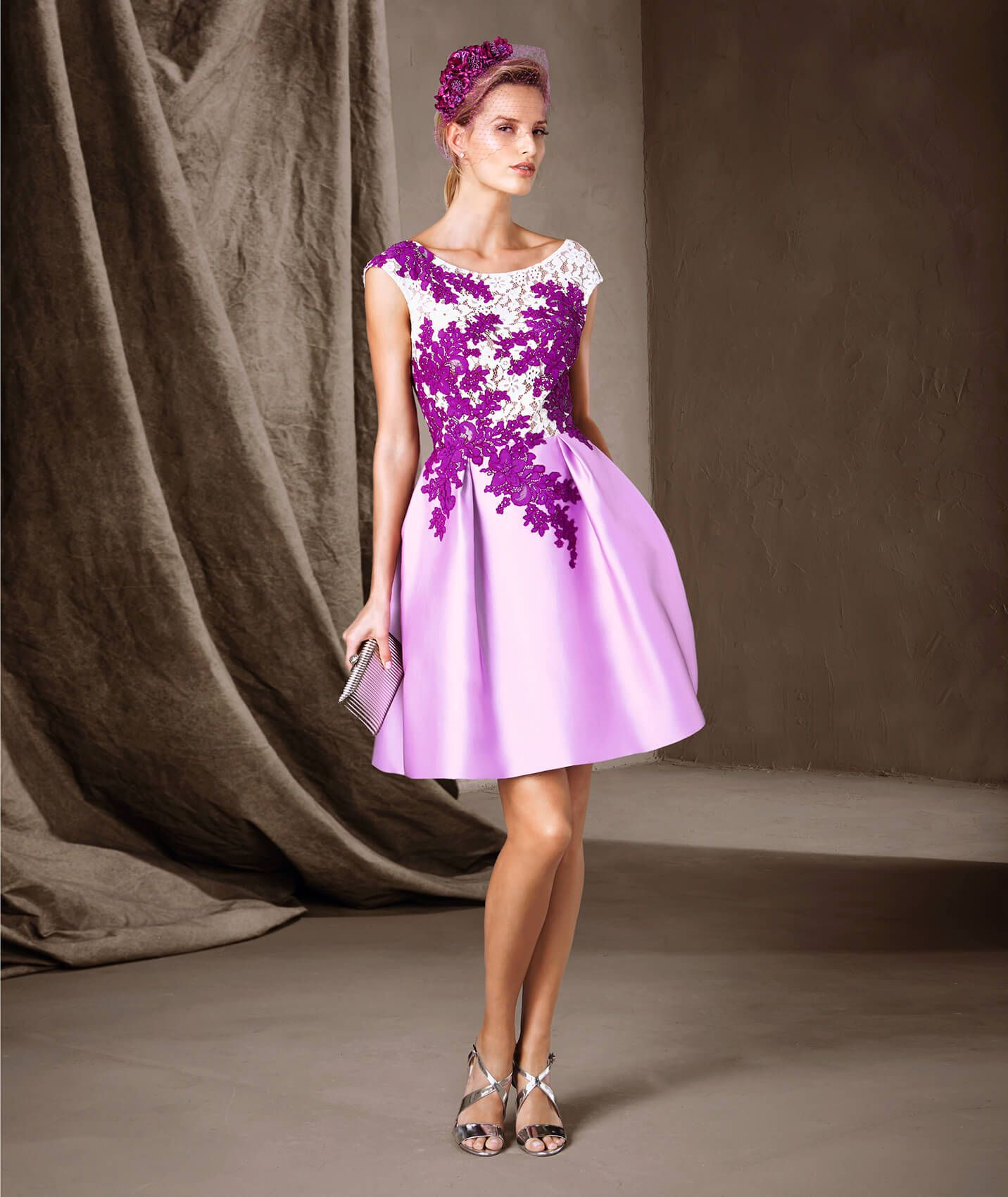 CARALIA - Vestido curto com collage de flores | Pronovias | My Style ...