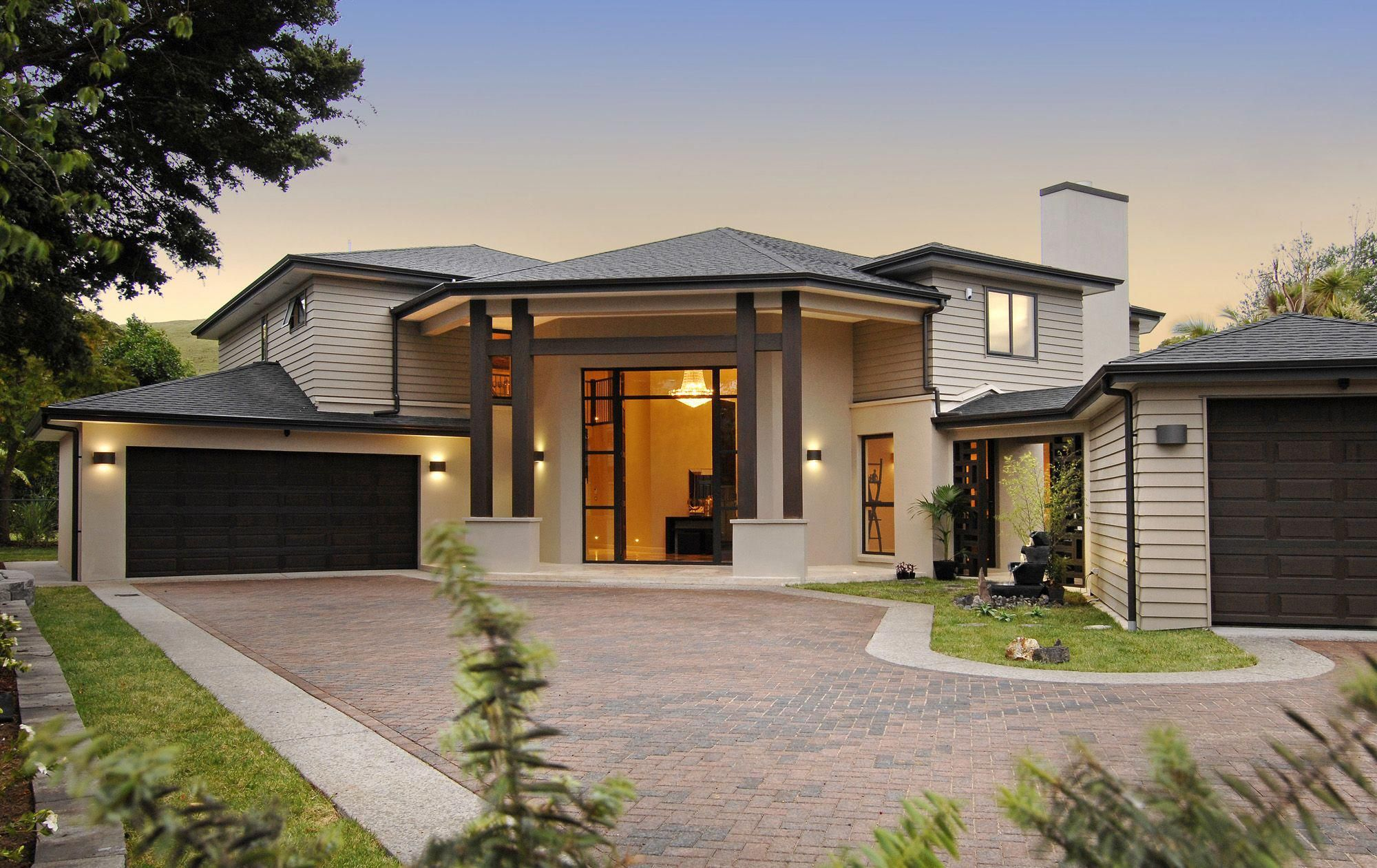 What Does It Mean To Dream About Houses And Homes Mansionshomes Modern House Design Bungalow House Design Modern House Plans