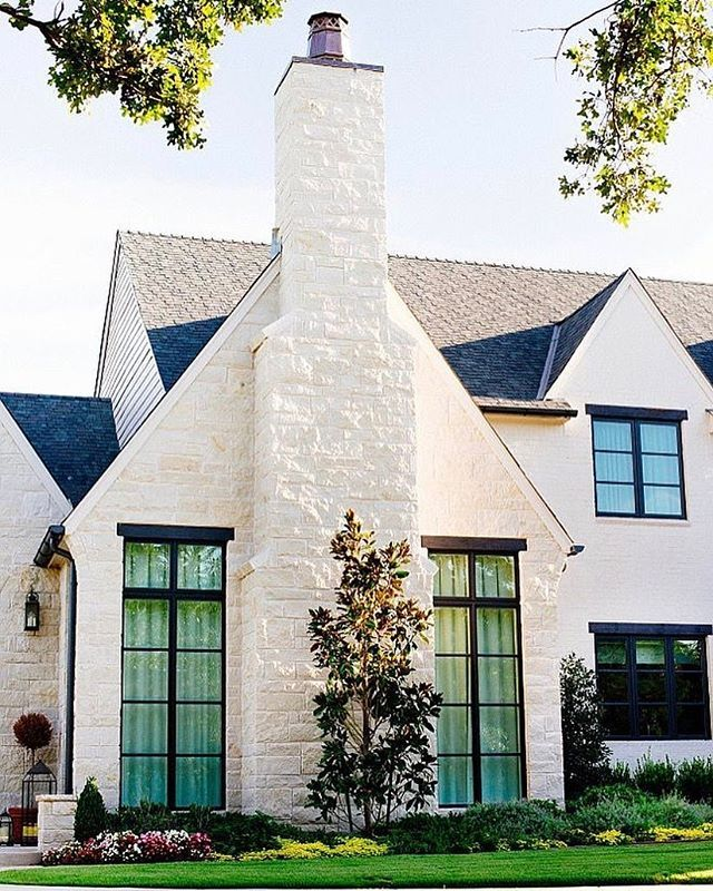 Loving This Exterior The Exterior Stone Is Called Cottonwood The Roof Is Colonial Slate And The Modern Farmhouse Exterior House Exterior Farmhouse Exterior