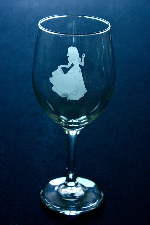 Disney Princess Snow White Etched Wine Glass Disney Princess Snow White