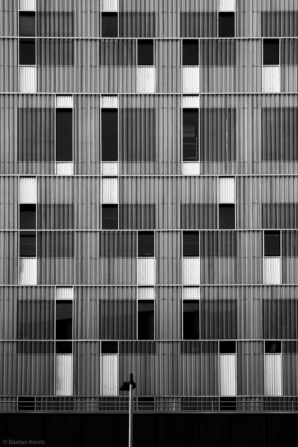 Irregular grid patterns in architecture with contrasting