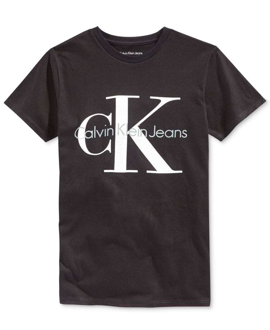 3a10153ee0 Calvin Klein presents a fashionable T-shirt for boys, made from cotton and  featuring a cool graphic on the front. | Cotton | Machine washable |  Imported ...