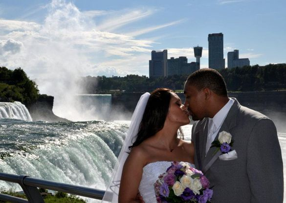 Niagara Falls Wedding--Ian & Chrissy.