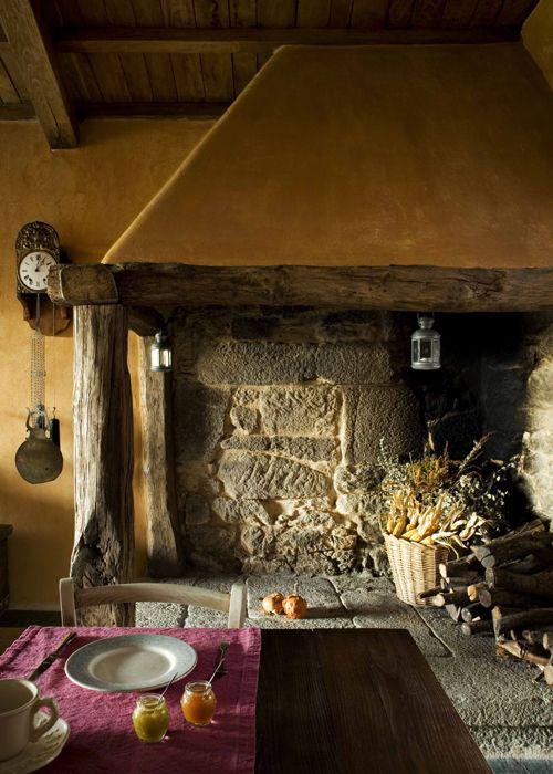 Una lareira! Casa y Campo | chimeneas | Pinterest | De todo, Luces y ...