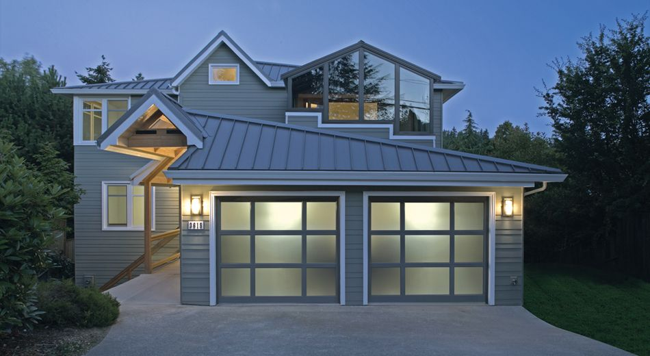 Raynor Styleview Mixed Panel Garage Door Contemporary Garage Doors Garage Door Lights Garage Door Styles