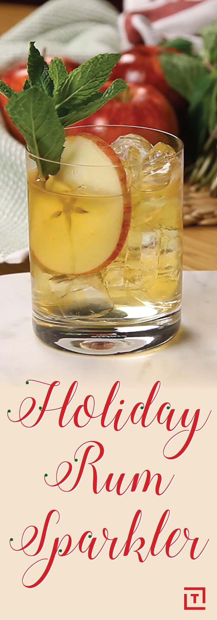 Christmas Drinks With Rum : Christmas Coconut Coolers   Recipe   Coconut, Christmas ... / It can ...