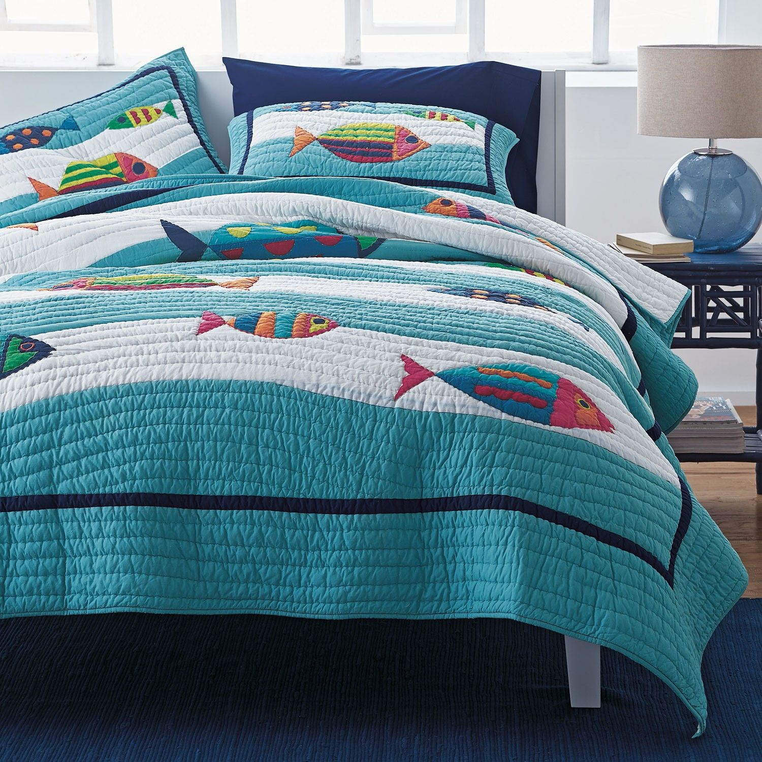 A lighthearted quilt for beach house or summer cottage
