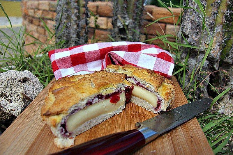 Cranberry Camembert Pie | Recipe | Cranberry pie Low carb ...