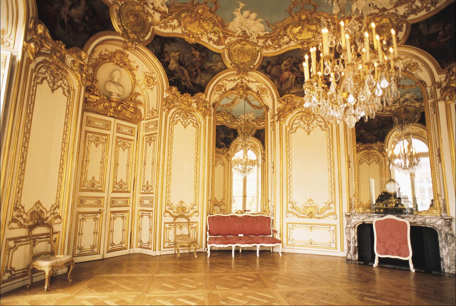 Salon de la princesse from the hotel soubise by germain boffrand with painting and decoration - Salon de la decoration paris ...