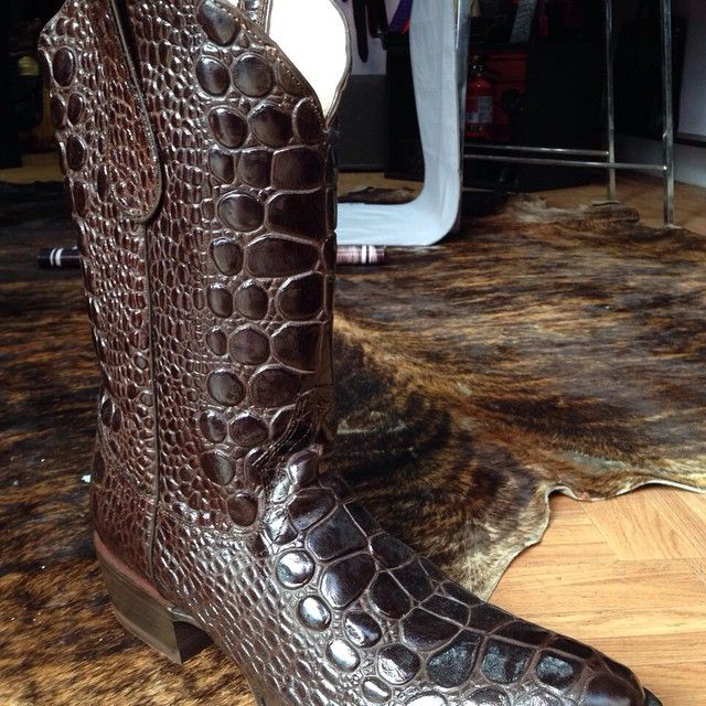 Sea Turtle Genuine Leather Design Wester Boots