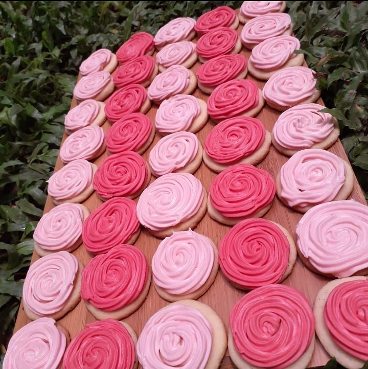 Rose suger cookies 🌹 .