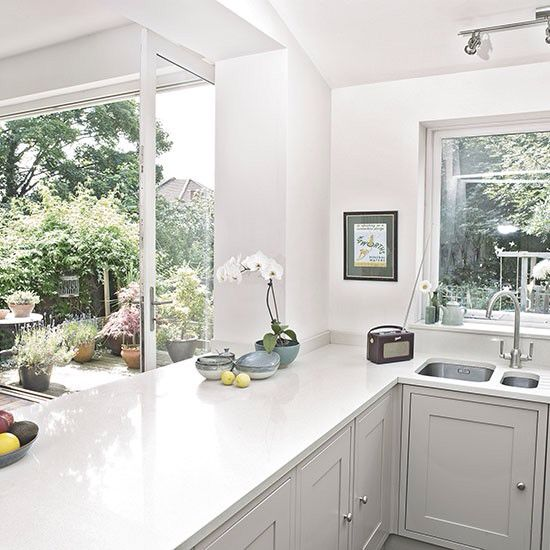 Grey Kitchen White Worktop: Worktop And Cupboard Colour For Island