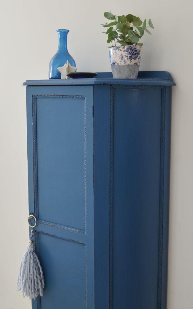 Un Mueble Azul En Casa Muebles Azul Muebles De Color Azul Muebles