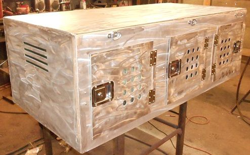 Custom Dog Kennel Box Made From Aluminum This Box Can Easily