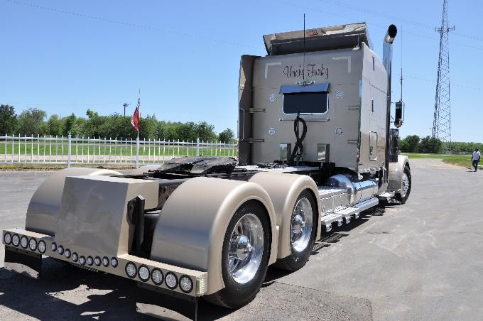 Used Trucks For Sale In San Antonio >> Pin On Big Rig Trucking