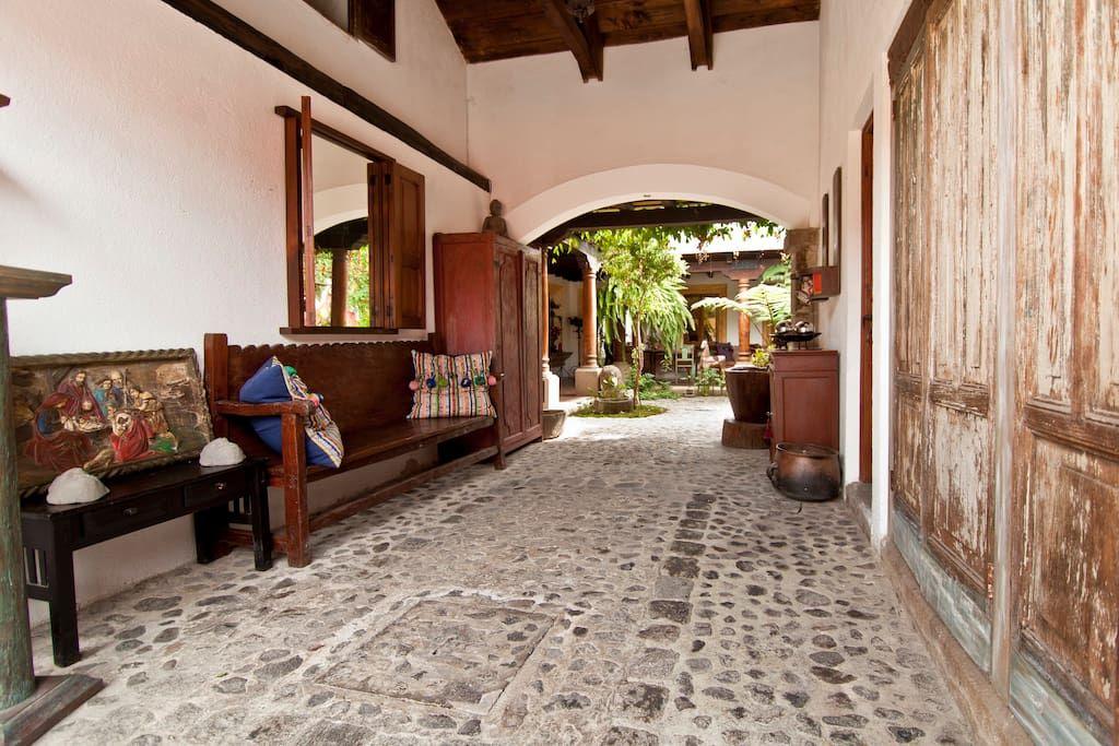Échale un vistazo a este increíble alojamiento de Airbnb