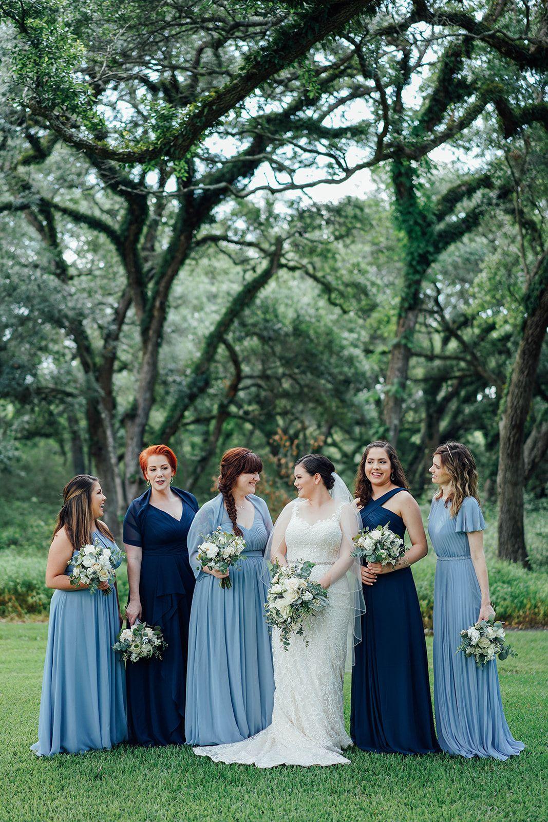Mismatched Blue Bridesmaid Dresses Navy Blue Light Blue Bridesmaid D Wedding Bridesmaids Dresses Blue Lace Wedding Dress Vintage Mixed Bridesmaid Dresses [ 1600 x 1067 Pixel ]