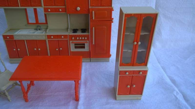 Mobili cucina per bambole anni 60 70 4 galletti galba for Mobili anni 60