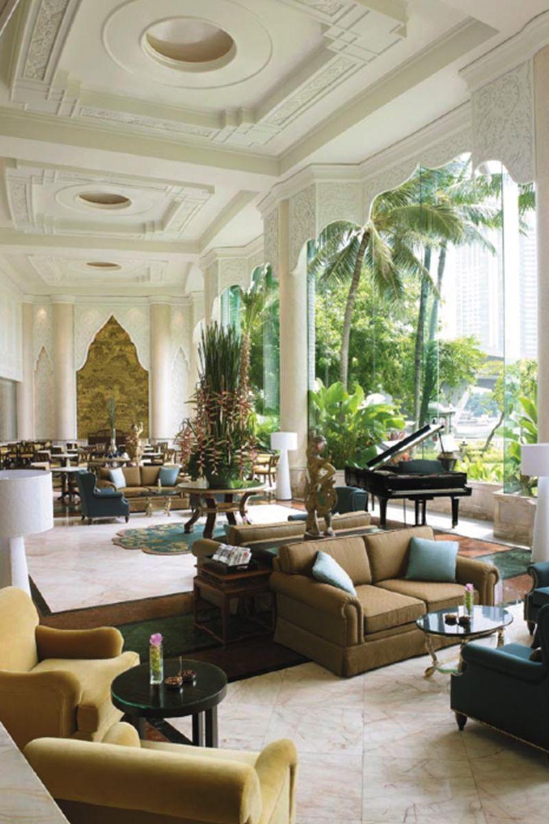 Shangri La Bangkok, Shangri La Hotel