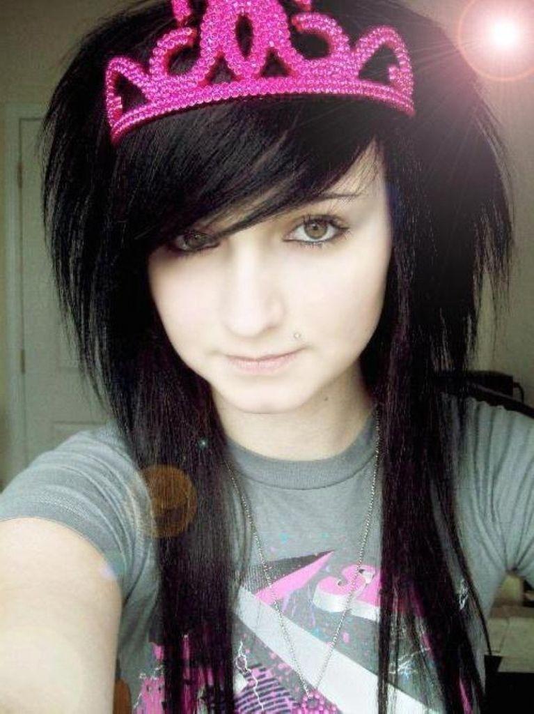 lange emo frisuren | girl hairstyles, womens hairstyles