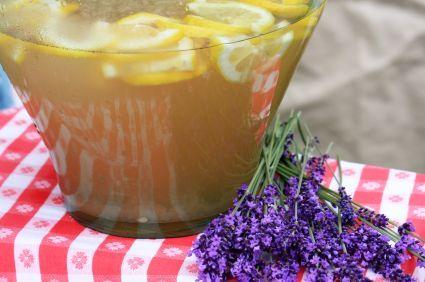 Orange-Lavender Tea Recipe: Less than 2.5 calories per serving!