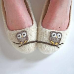 3fc87d2437f4 The Ade Wool Felted Slippers Womens Size 10 by HandmadeByAde ...