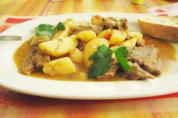 Жаркое из свинины с картошкой | Легкий ужин, Свинина ...