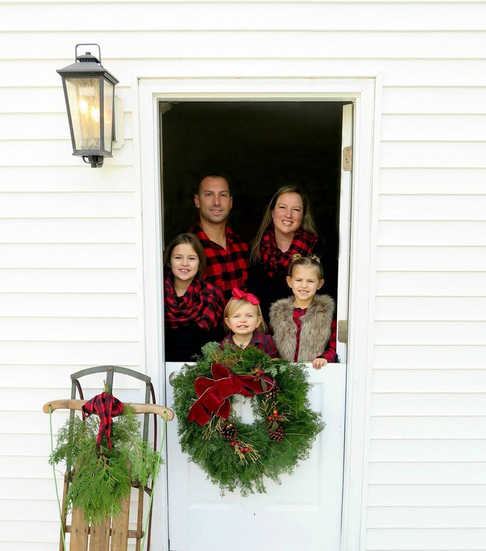 Christmas Family Photo - Dutch door love ❤️ hunky dori boutique