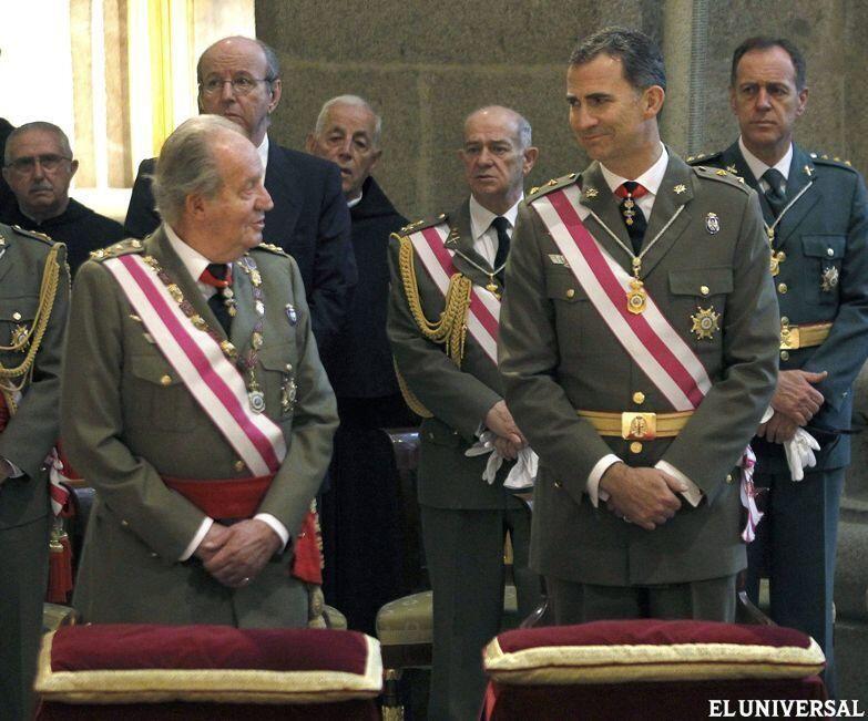El Rey Juan Carlos perdió la inmunidad al firmar la abdicación y aún así lo hizo. ¿Maduro lo haces o arrugas?