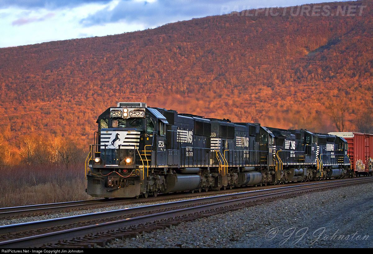Railpictures net photo ns 2524 norfolk southern emd sd70 for Railpictures