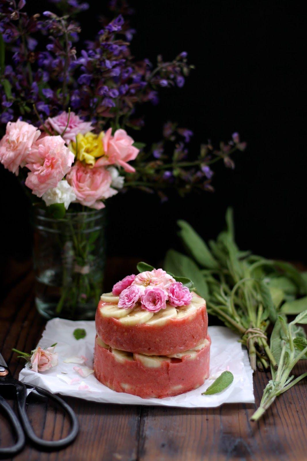 banana split cake RAW. | Desserts, Ice cream cake, Dessert