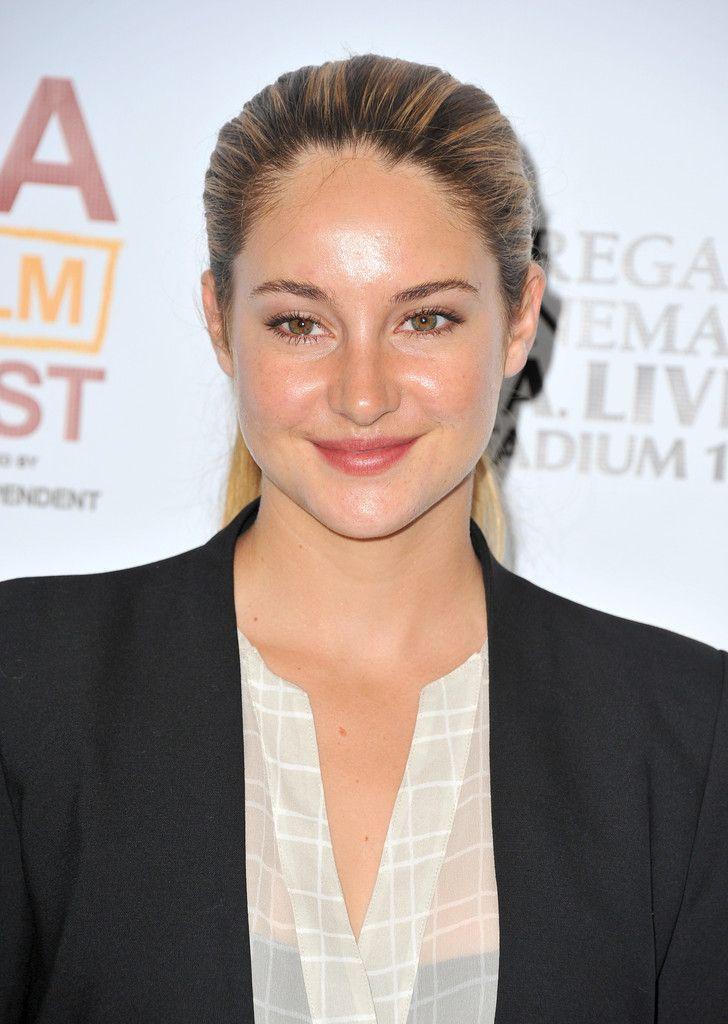 Shailene Woodley workout