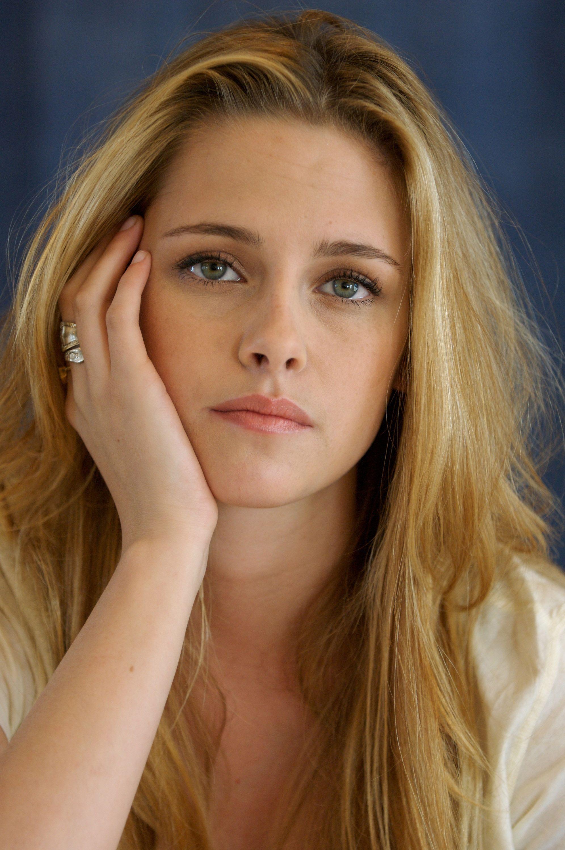 Share Kristen stewart as a blonde opinion, lie
