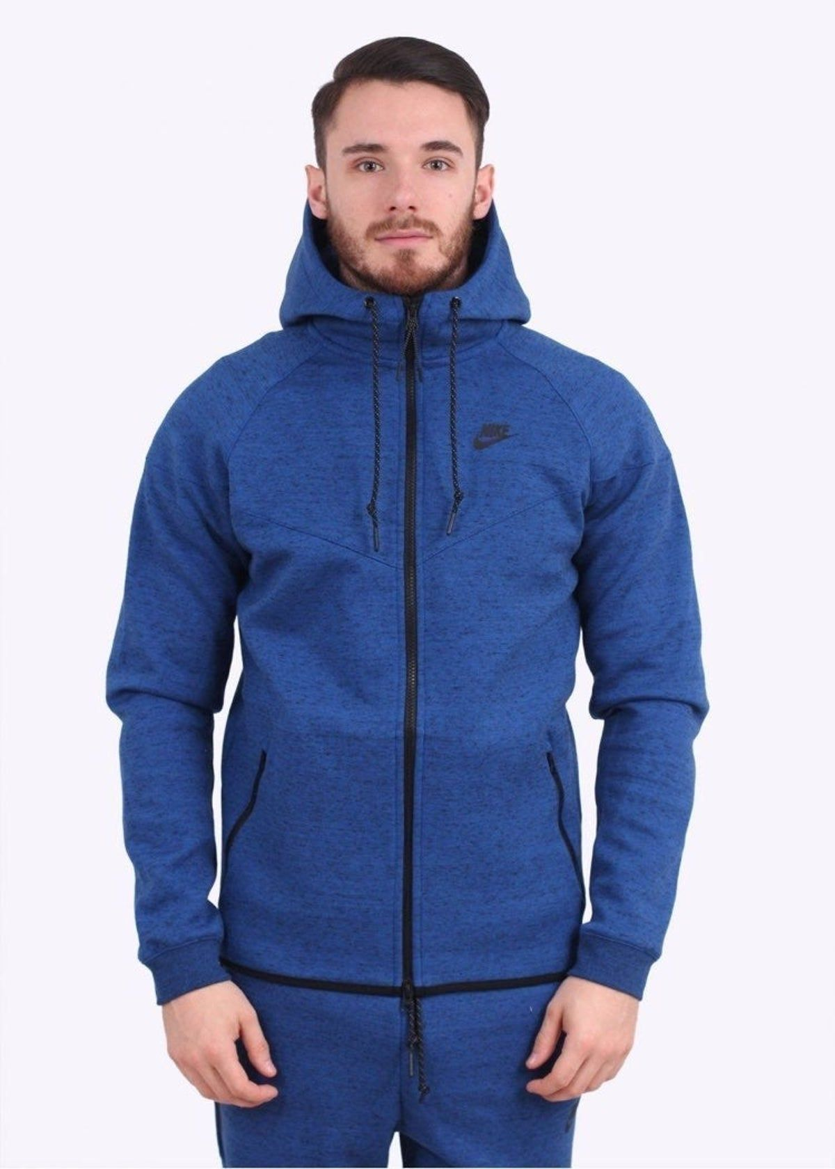 Nike Tech Fleece Hoodie in 2020 (With images) Nike tech