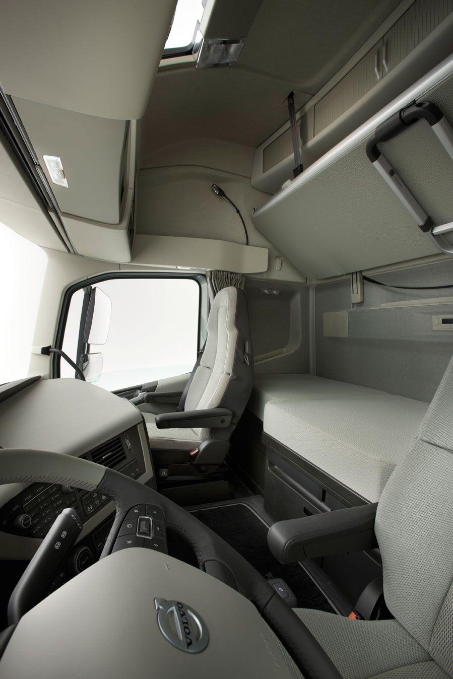 Volvo fh volvo fh series pinterest volvo volvo trucks and biggest truck for Volvo semi truck interior accessories