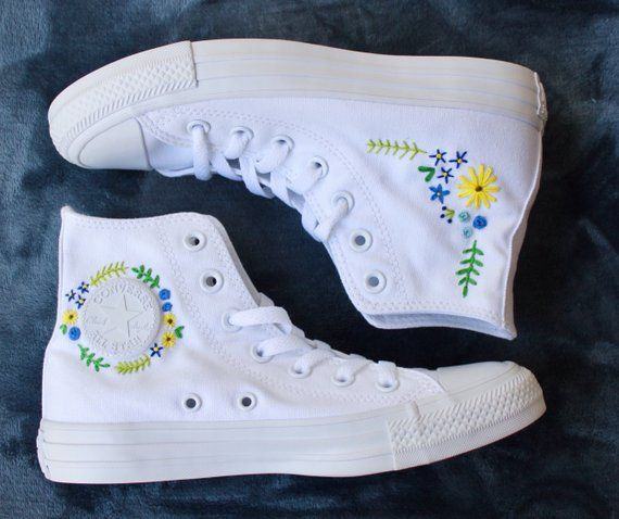 Floral Embroidered Converse | Products in 2019 | Embroidered