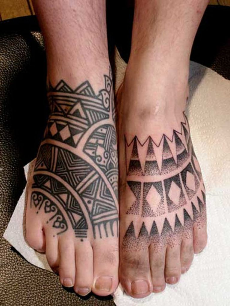 97 Jaw Dropping Henna Tattoo Ideas That You Gotta See: Foot Tattoos May Look Very Spectacular: The Foot Gives A