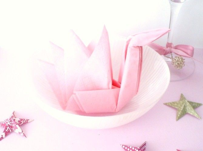 Etsy Transaction - HALF PRICE SALE - Set of 18 Swans - origami paper napkins