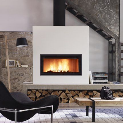 Epingle Par Celine Dufresne Sur Foyer Fireplace Poele A Bois Cheminee Design Cheminee Poele A Bois