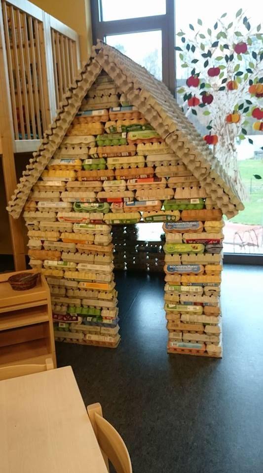 haus aus eierkartons basteln crafts kindergarten und crafts for kids. Black Bedroom Furniture Sets. Home Design Ideas