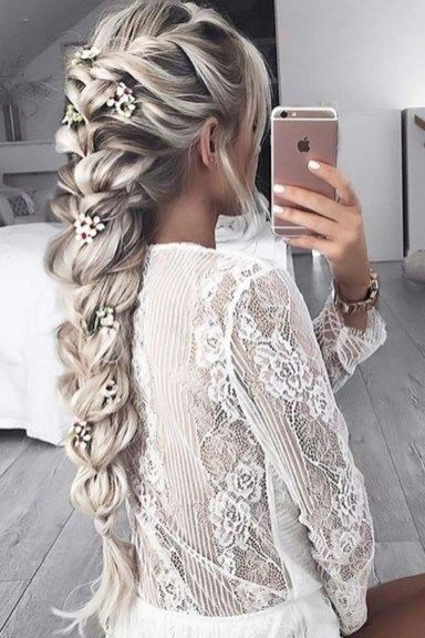 56 Charming Loose Braided Bridal Hairstyle Ideas - VIs-Wed #loosebraids Charming loose braided bridal hairstyles ideas 45 #loosebraids