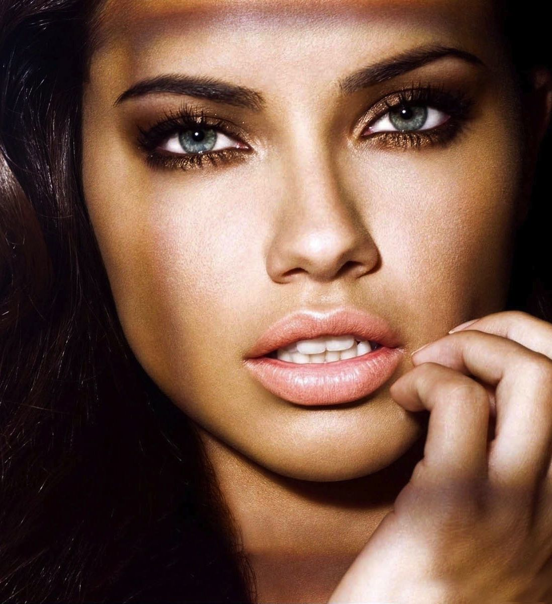 Adriana Lima  LOVE her eyes  Beauty  Pinterest  Adriana lima