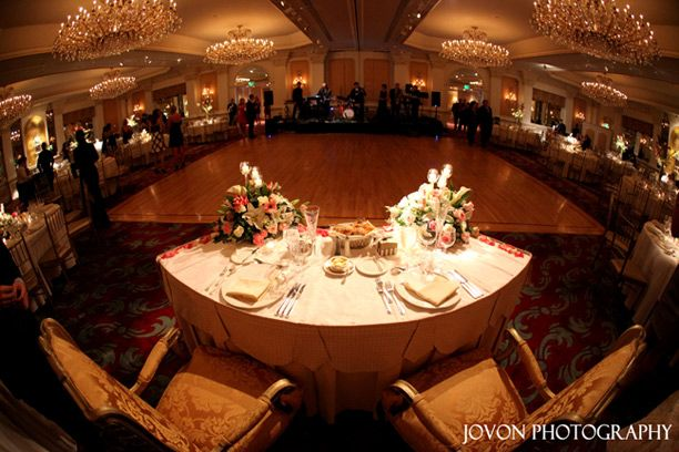 Sweetheart Table At The Garden City Hotel Wedding Facility
