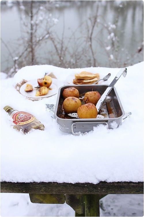Pommes rôties à la cannelle et au sirop d'érable