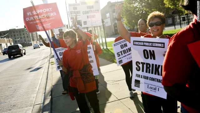 Chicago teachers strike; students and parents scamble